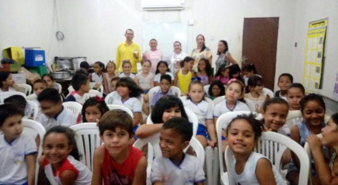 SEMANA PRODUTIVA PARA O COMBATE A DENGUE COM PARCERIA DAS SECRETARIAS DE SAÚDE, EDUCAÇÃO E COM A POPULAÇÃO